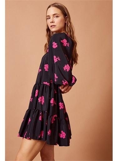 Never More Pembe Çiçek Desenli  Mini Elbise Renkli